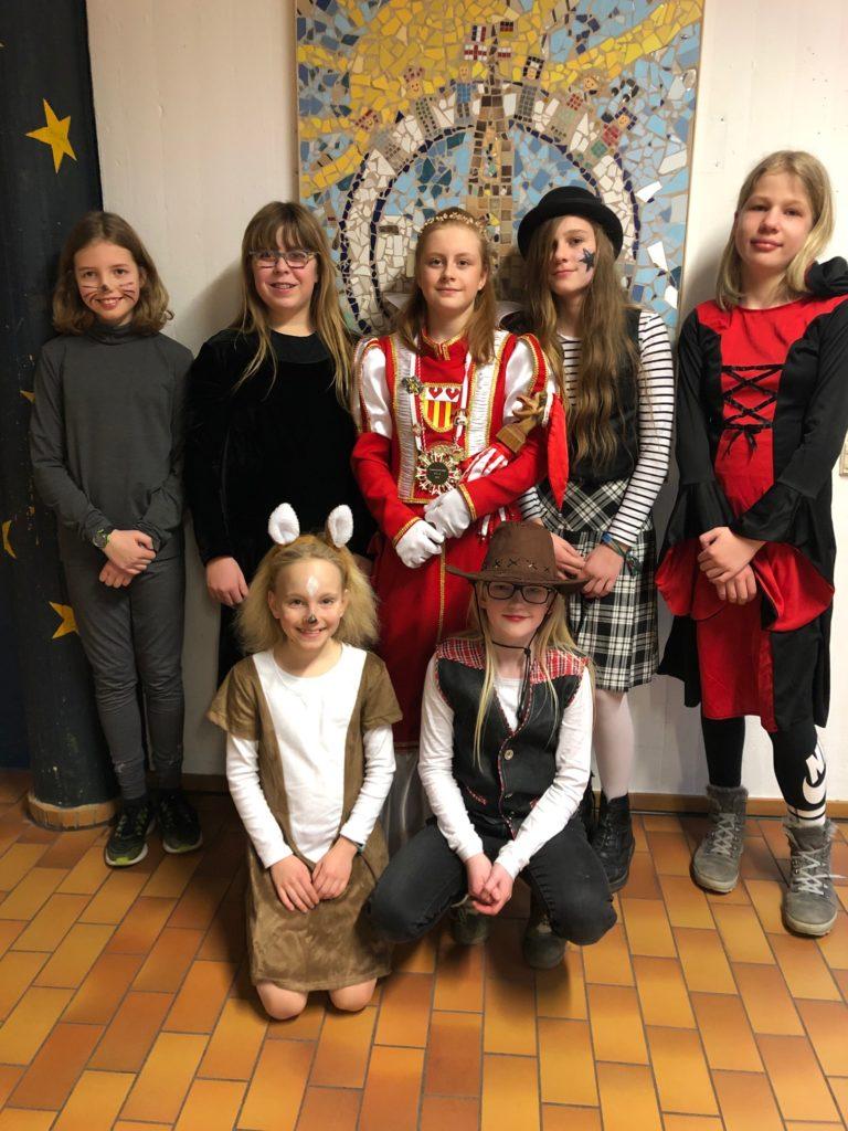 Besuch von Karnevalsprinzessin Eva II. - Gymnasium Calvarienberg